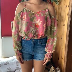 Gently used guess cold shoulder top